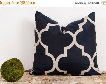 SALE ENDS SOON Navy and Cream Pillow Cover. 16x16 inch. Dark Blue Lattice Cover. Quatrefoil Pillows.
