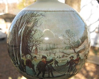 Currier & Ives Christmas Ornament, 1976 Winter Pastime, 3 1/4 Inch Ornament, With Original Box, Christmas Tree Oranament, Vintage