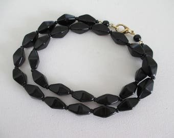 Vintage Black Glass Bead Necklace Excellent 18 Inches Long Retro Free Shipping