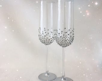 Hand Painted Silver Confetti Champagne Glasses. Wedding, New Home, Mothers Day Gift.