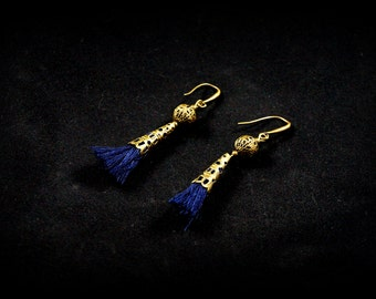 Earrings Pompom Navy Blue or light blue cone-mounted bronze antique 20mm
