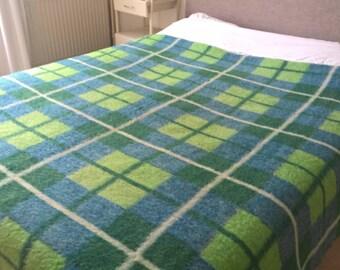 """Dutch vintage wool blanket De Nederlandse Wolfederatie 75"""" / 94,5"""" inch"""