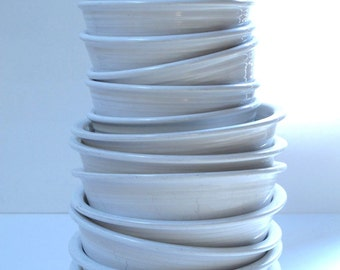 White Vintage Fiestaware Set of Serving Bowls White USA Pottery Cereal Bowls White Ceramic Salad Coupe Soup Small Bowls Gray Homer Laughlin