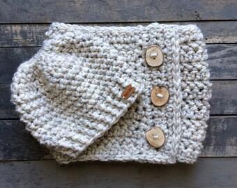 Knit Cowl, Crochet Cowl, Messy Bun Hat, Scarf with Buttons, Chunky Scarf, Wool Scarf, Wool Cowl, Crochet Scarf, Crochet Cowl, Hat & Cowl Set