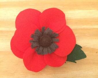 Felt poppy, felt flower, flower clip, felt clip, flower barrette, flower accessory, flower garland, felt flower pin