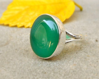 Green Onyx Ring Sterling Silver Ring Onyx Jewelry Oval Ring Gemstone Ring Gift for Her Green Rings onyx silver ring Bezel Set Ring Size 6