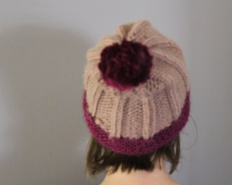 knitted slouch beanie, slouchy beanie, women's beanie, women's slouch hat, winter hat, pom-pom beanie, two-tone beanie
