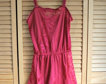 Vintage! Red/silky/nighty/romper! Lingerie! Sleep wear. 1960's/1970's. Made in France. Goregous!