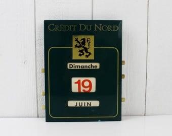 Vintage Perpetual Wall Calendar, Vintage Advertising Sign Wall, French Advertising calendar, Green Office Decor for Men, Flip calendar, E341
