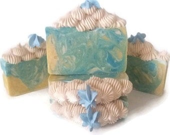 Greenery, Cucumber melons soap, soap bar, soap handmade, cold process soap, unisex soap, valentine soap, valentine gift for HIM, silk soap