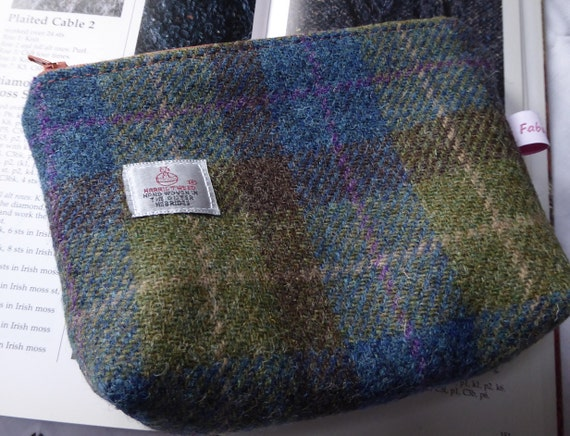 Knitting Accessories Bag : Knitting accessories bag in harris tweed from