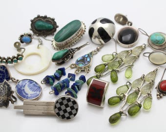 Lot of 18 Vintage Unmatched Single Earrings with Gemstones in Sterling Silver. [12287]