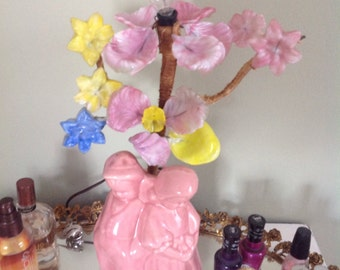 Vintage Pink Ceramic Boy and Girl Table Lamp.....1930s.....Glass flowers.....Still works
