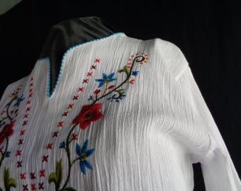 Vintage embroidered blouse Ethnic folk top white cotton