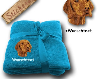 Fluffy blanket embroidered with Magyar Vizsla + Own Words