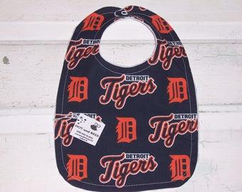 Stunning Detroit Tigers Baby Bib !  FREE SHIPPING!!!!!!!