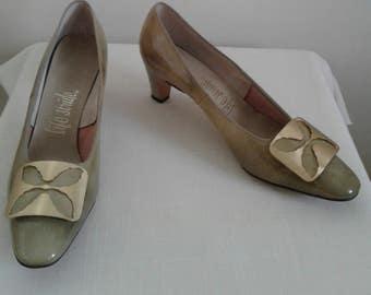 "Vintage 60's/70's Shoes/Mustard Gold/ Patient Leather/High Heels/Leather Soles/""life stride""Shoemaker/Size 8.5/9 M/ Pumps/Party/Mad Men/MOD"