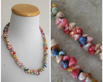 Vintage 40's 50's Teeney Weeney Multicolor Iridescent Sea Shells Necklace