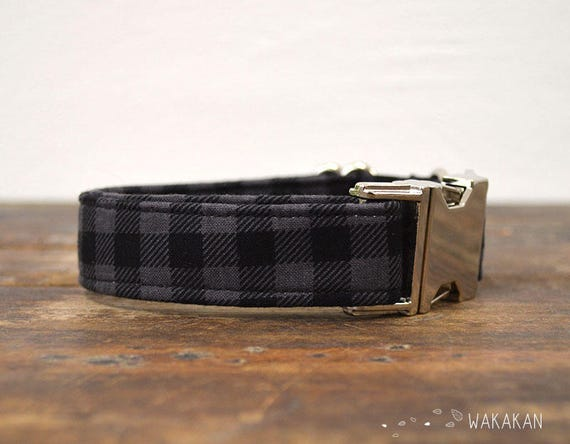 Classic dog collar adjustable. Handmade with 100% cotton fabric. plaid black and gray pattern. Punk Wakakan