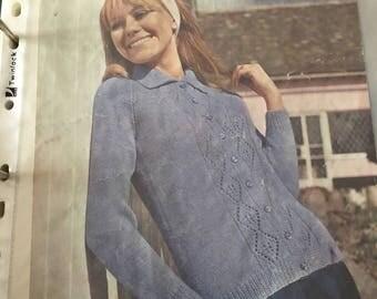 Lovely 1970's ladies cardigan knitting pattern