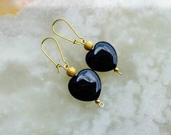 Black Onyx Earrings,Black Earrings,Gemstone Earrings,Heart Shaped Earrings,Black Onyx Golden Earrings,Kidney Earrings,Golden Earrings