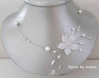 Wedding jewelry flower necklace and white and transparent beads