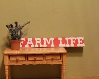 """Sign """"Farm Life"""" For Dollhouse"""