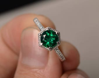 Round Cut Emerald Ring Green Gemstone Ring Engagement Ring Promise Ring Silver