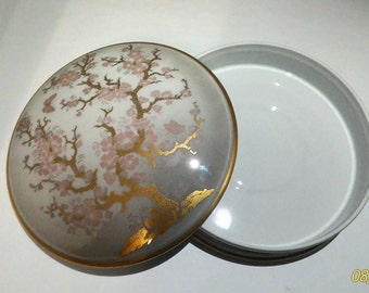 Porcelain Limoges-  jelwery boxLimoges-art Morbelli Milan-24k-gold chinoiserie
