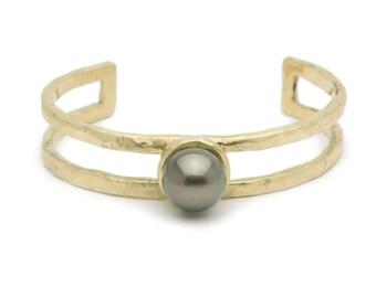 Tahitian pearl & bronze cuff bracelet