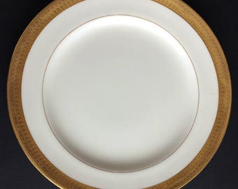 """Vintage Buckingham by Minton Dinnerware 9"""" Luncheon Plate - With Gold Encrusted Trim"""