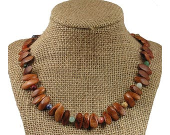 Wood and Stone Necklace - Wood Necklace - Madre De Cacao Wood Necklace