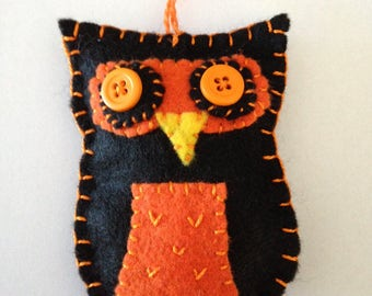 Felt Owl Ornament - Black/Orange