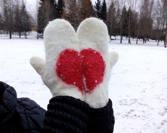 St. Valentine's Day Gift, Mittens with removable tops, Wool fingerless gloves, Women's felt mittens with heart, women's winter warm gloves