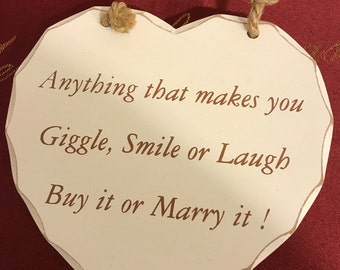 Marry, smile, giggle sign