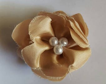 Tan flower barrette