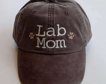 Lab Mom Baseball Cap