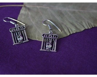 Hilal, funny earrings from Tibetan silver