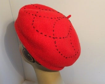 Woman's Classic French Beret Wool Red 1930's Look
