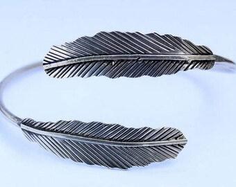 Armlet,  Leaf Armlet, Upper Arm Cuff, Armband, Arm cuff, Feather Armlet, Gypsy Armlet, Arm Bracelet, Silver Armlet, Bohemian Armlet