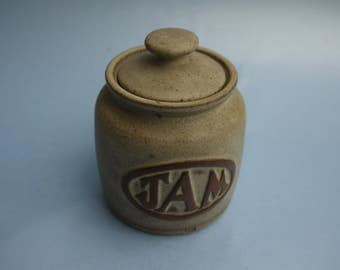 Louis Hudson pottery 'Jam ' jar with lid, Light brown colour Marked Lh Very good condition