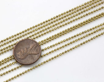 Faceted Dog Chain Brass. By THE YARD