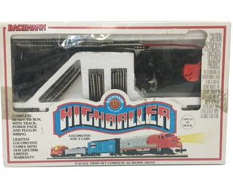 Bachmann Highballer Train Set with Extra Cars
