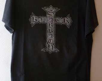 "Black Sabbath-old logo ""gothic cross"" t.shirt-size M-out of print design!"