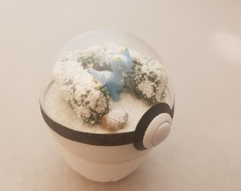 Random Catch Pokeball Terrarium, 2.5 Inch Diameter, Random Theme and Pokemon!