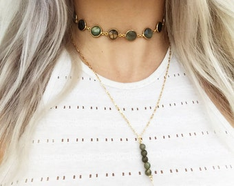 Labradorite or Moonstone Bezel Choker | Gemstone necklace | Flashing Moonstone