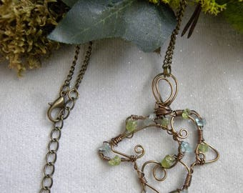 Necklace leaf Ivy peridot, apatite, copper wire wrap ~ Poison Ivy