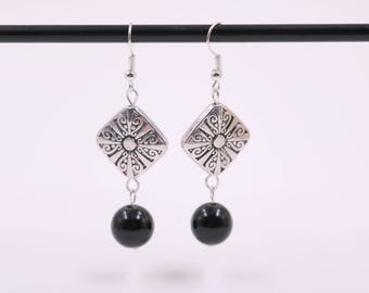 Bohemian Earrings // Black Onyx Bead Earrings // Dangle Earrings // Womens Earrings // Tibetan Silver Earrings // Fashion Jewelry