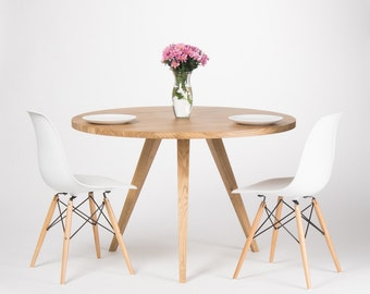 Round dining table, round kitchen table, oak table, scandinavian design, solid wood, Ø 120 cm