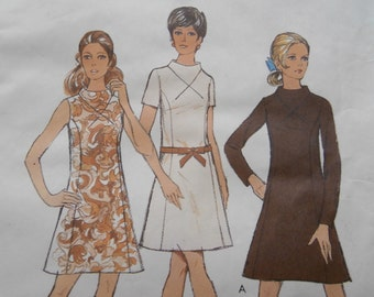 Vintage Size 20 1/2 STYLE 2821 Dress Sewing Pattern, Bust 43, 1970's Dress Pattern, Plus Size Pattern